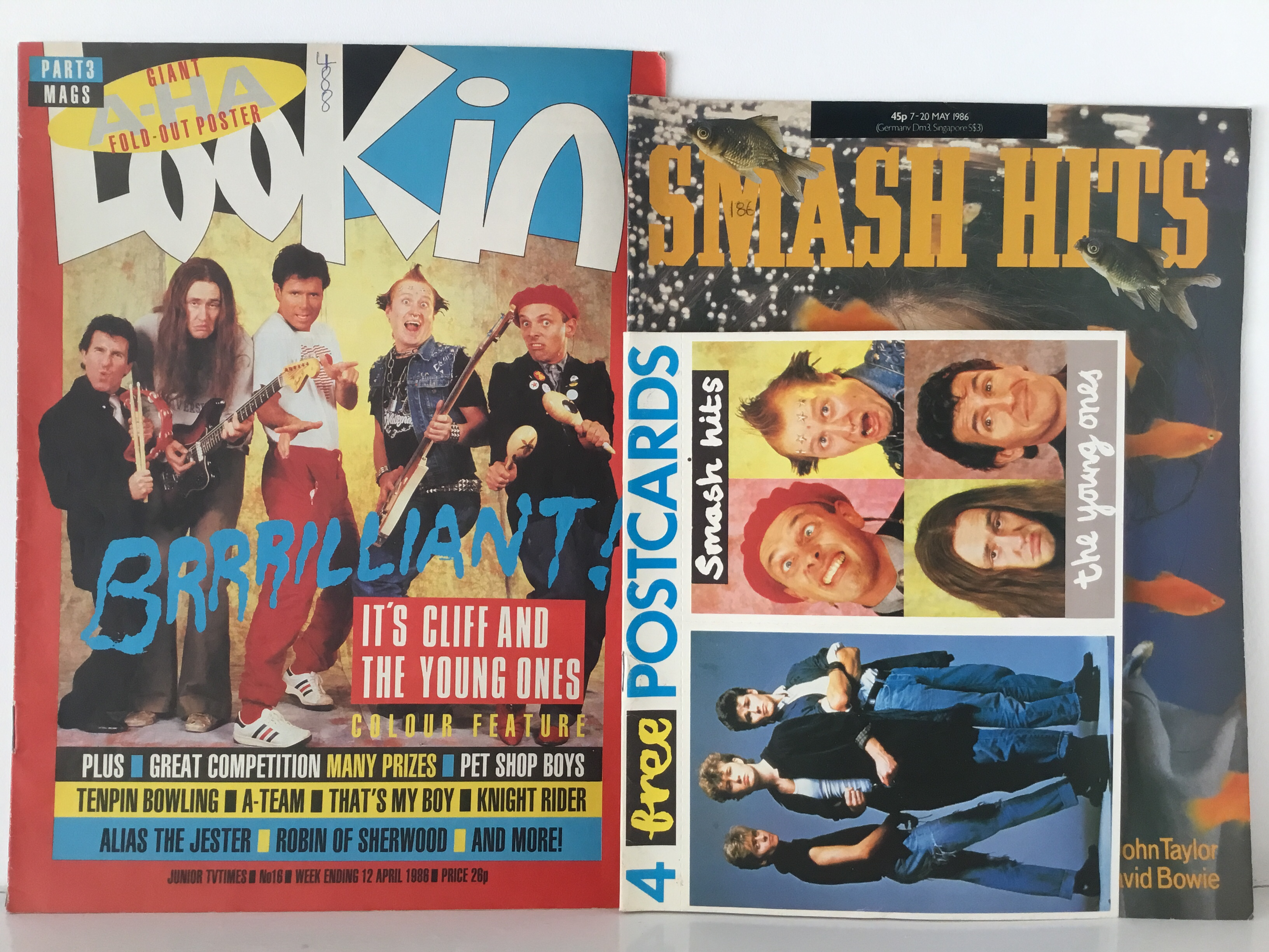 Lookin and Smash Hit Magazines featuring the young ones