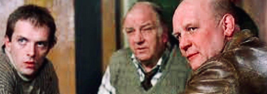 Rik Mayall and Brian Glover, still from An American Werewolf in London